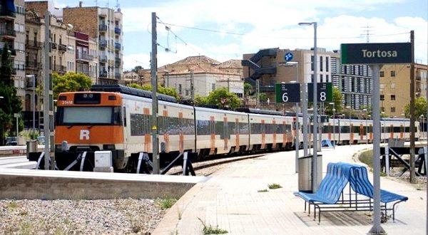 Каталонские власти требуют от железнодорожников пунктуальности