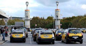 Таксисты устроили протестную акцию в Барселоне