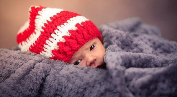 Соцзащита отобрала новорожденных детей у их «возрастной» матери