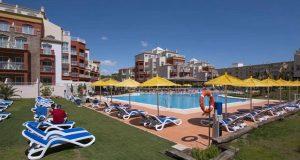 Школьники из Португалии разгромили испанскую гостиницу
