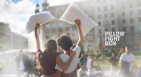В Барселоне состоялась битва… подушками