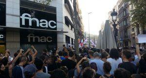 В Барселоне люди вышли на митинг против исламизации страны