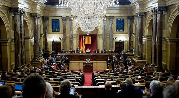Независимость Каталонии провозглашена парламентом