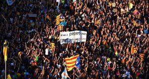 Госслужащие, принявшие участие в забастовке «paro de país» 3 октября, будут отрабатывать