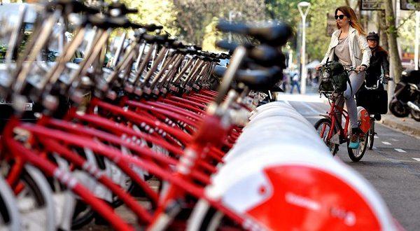 Испанцы пересаживаются на велосипеды!