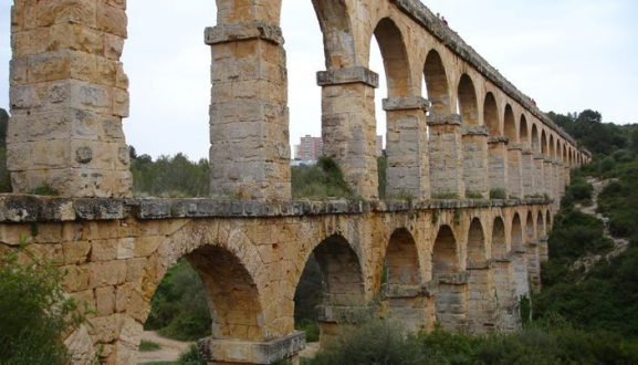 pont_del_diable_place-full