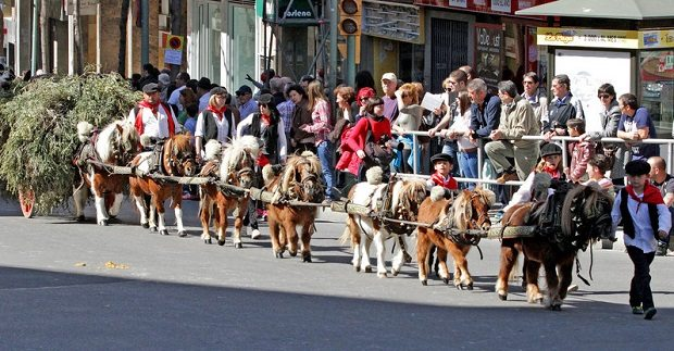 tres tombs tgn.jpg
