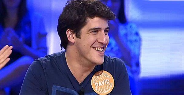 27-летний поэт и преподаватель испанского заработал 2 миллиона, выиграв в викторине!
