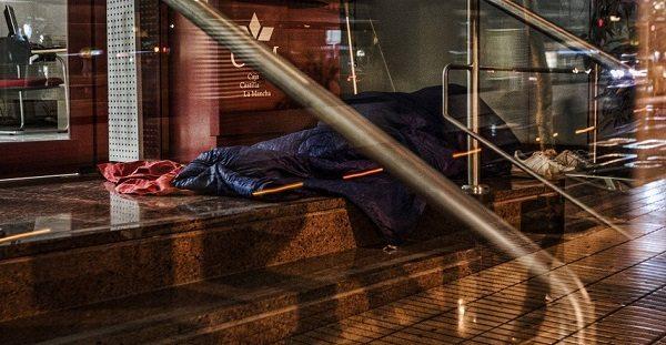 Бездомные стали проблемой для Аликанте