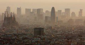 Власти Барселоны объявили войну грязному воздуху