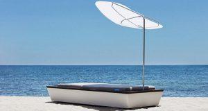 На одном из пляжей Ибицы можно отдохнуть на шезлонге стоимостью 50000 евро