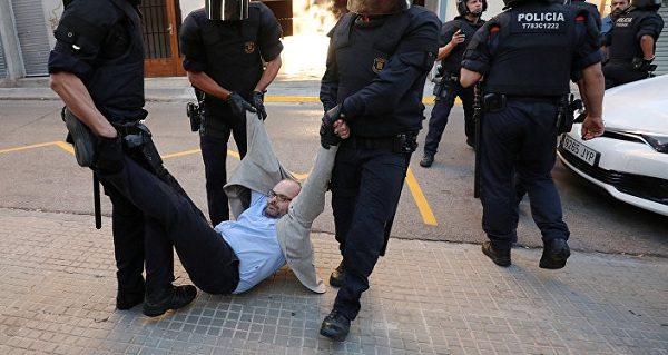 Подготовка к референдуму вызвала волну арестов в Каталонии