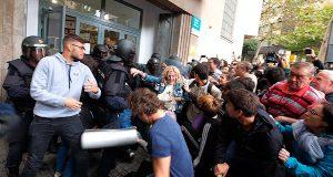 Приехавшие в Каталонию британские наблюдатели в шоке!