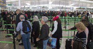 Испанию трясет от забастовок работников аэропортов