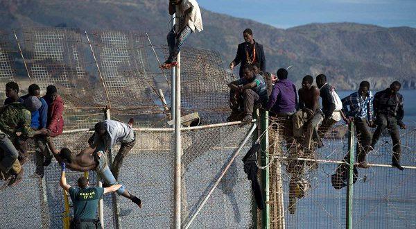 2017 год стал рекордным по притоку мигрантов в Испанию