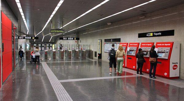 Жители Барселоны недовольны повышением стоимости проезда в общественном транспорте