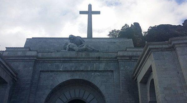 Останки Франко могут быть перезахоронены
