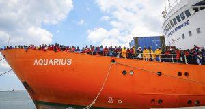 Испания ответила отказом на запрос экипажа Aquarius