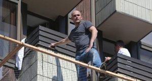 На ирландца наложен штраф в 600 евро за прыжок с балкона