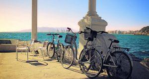 Докторов в Аликанте хотят пересадить на велосипеды!
