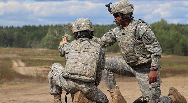Испания примет участие в масштабных военных учениях НАТО