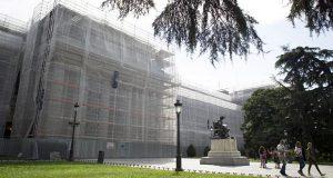 Музея Прадо на время ремонта закроют расписным полотном