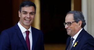 Санчес заявил о необходимости референдума в Каталонии