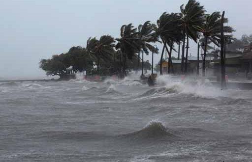 Ураган «Майкл» добрался до Испании