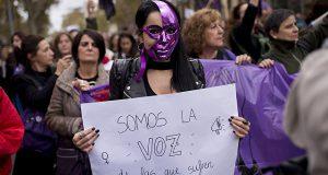 В Испании прошли акции протеста против насилия по отношению к женщинам