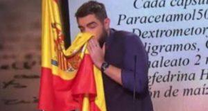 Испанский юмористпредстанет перед судом за оскорбление флага
