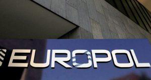 Европоли полиция задержали банду, наживавшуюся на беженцах