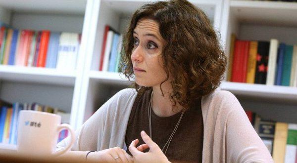 Эта женщина-политик борется с феминизмом в Испании